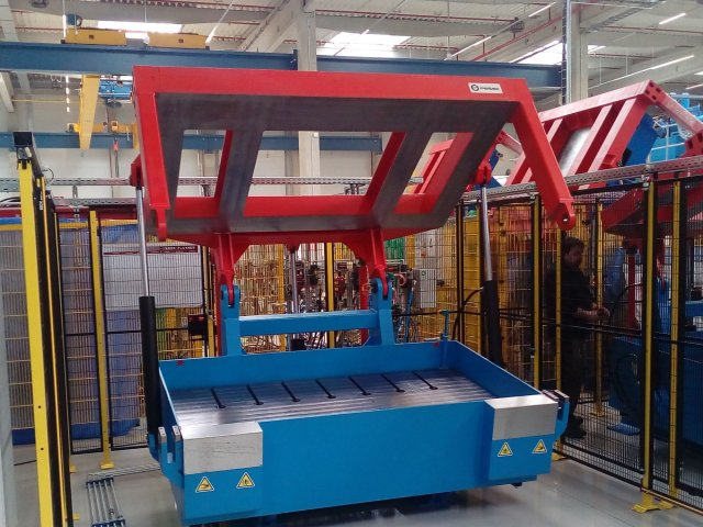 Mould carrier, type 200 (year of production 2015)