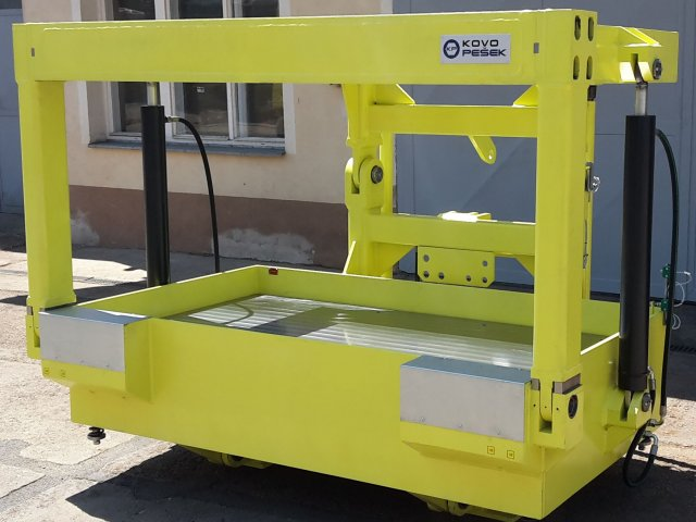 Mould carrier, type 200 (year of production 2008)