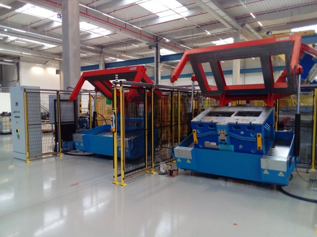 Implementation of full workstation for two mould carriers, Bratislava, 2016
