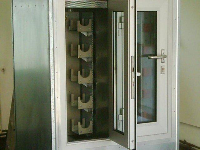 Kontrollkabine fürs Testen von elektr. Handwerkzeuge